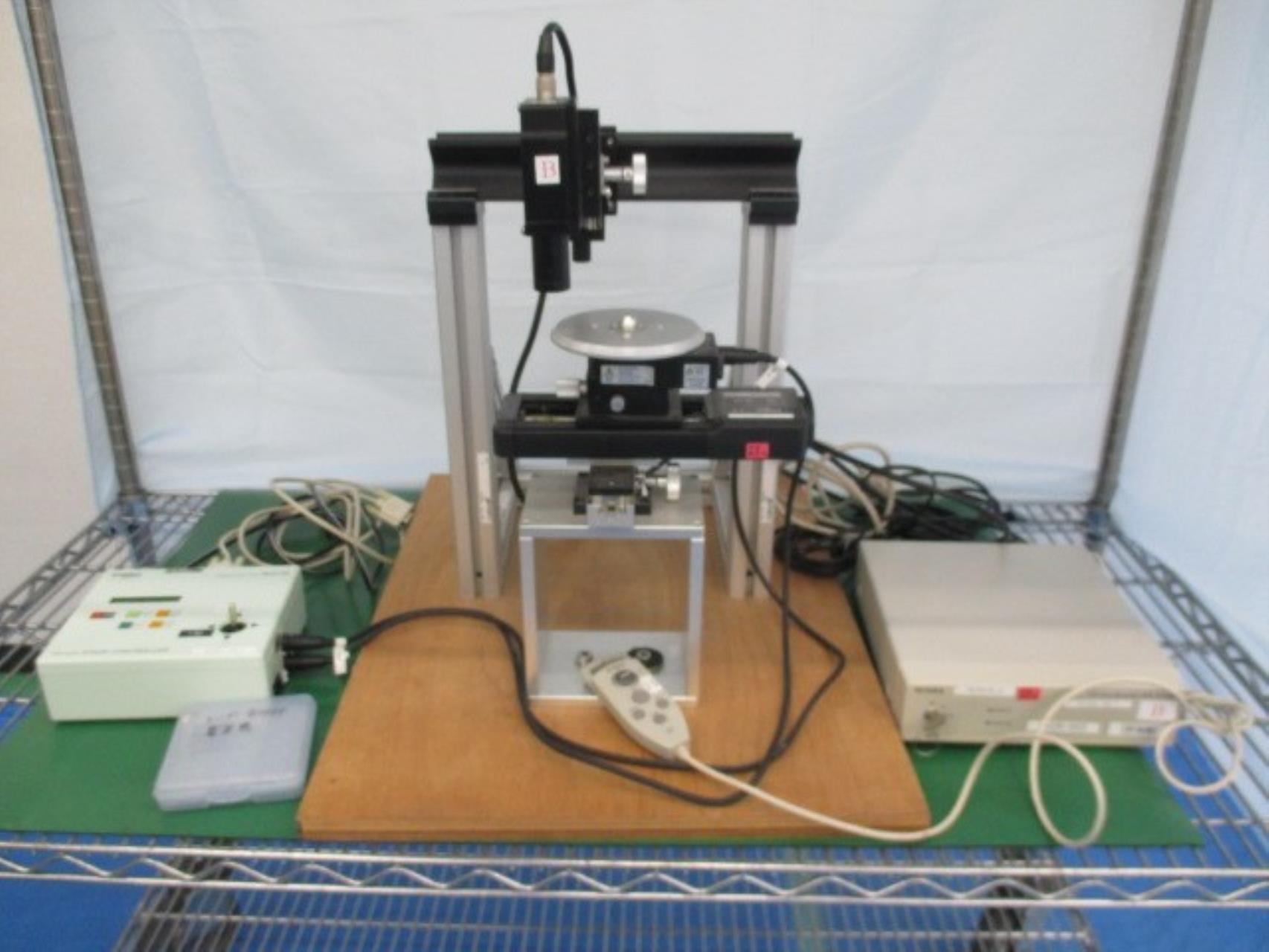変位 計 レーザ レーザ熱膨張計 LIX